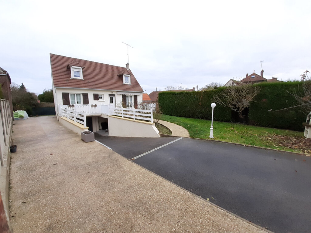 Maison à vendre 5 120m2 à Armancourt vignette-2