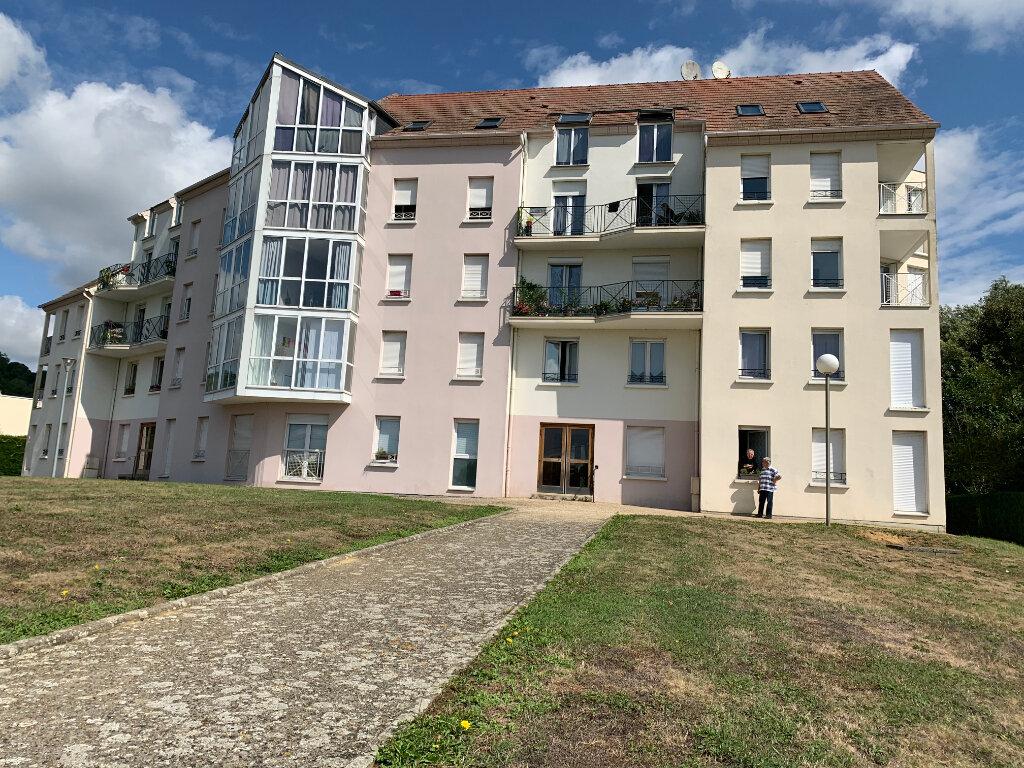 Appartement à louer 1 27.8m2 à Ribécourt-Dreslincourt vignette-1