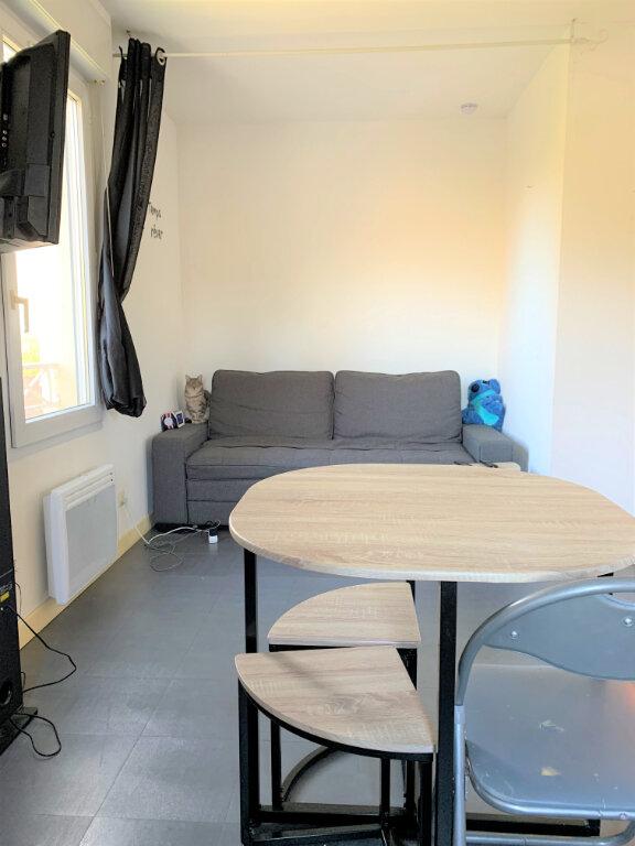 Appartement à louer 1 27.8m2 à Ribécourt-Dreslincourt vignette-2