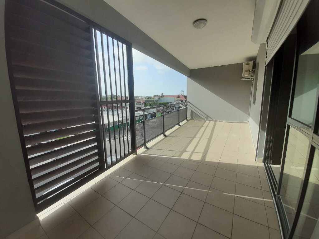 Appartement à louer 3 79m2 à Cayenne vignette-1