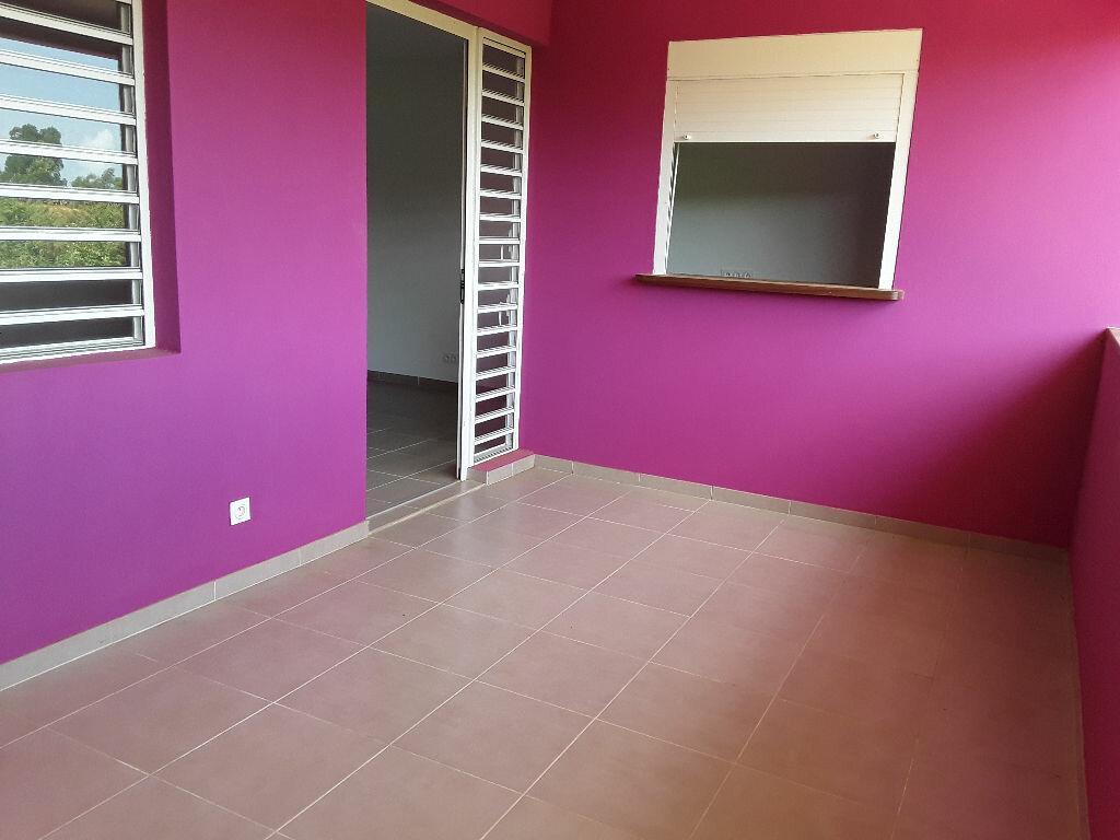 Appartement à louer 2 39.68m2 à Remire-Montjoly vignette-1