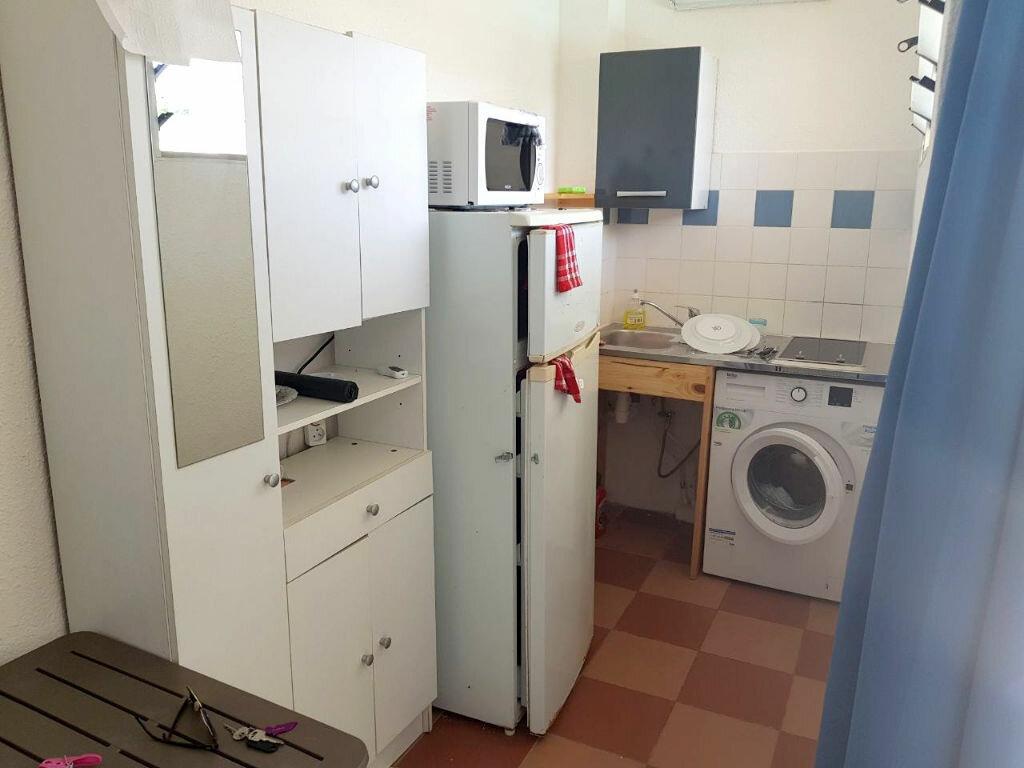 Appartement à louer 1 20.5m2 à Cayenne vignette-2
