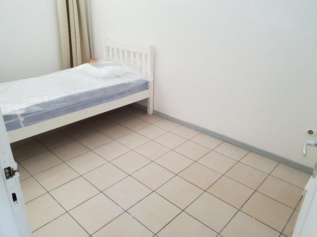 Appartement à louer 3 55m2 à Cayenne vignette-5