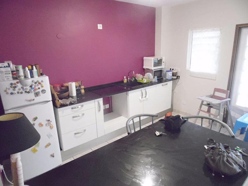Appartement à vendre 3 97.5m2 à Remire-Montjoly vignette-4
