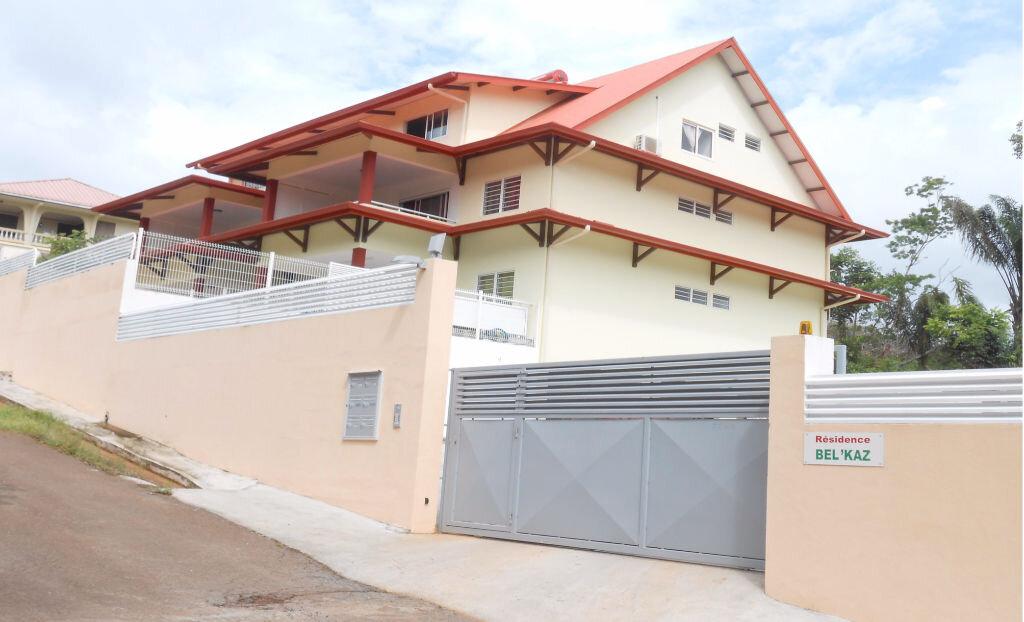 Appartement à vendre 3 97.5m2 à Remire-Montjoly vignette-6