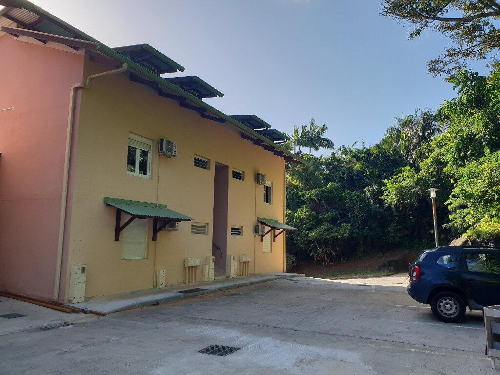 Appartement à louer 5 97m2 à Remire-Montjoly vignette-7