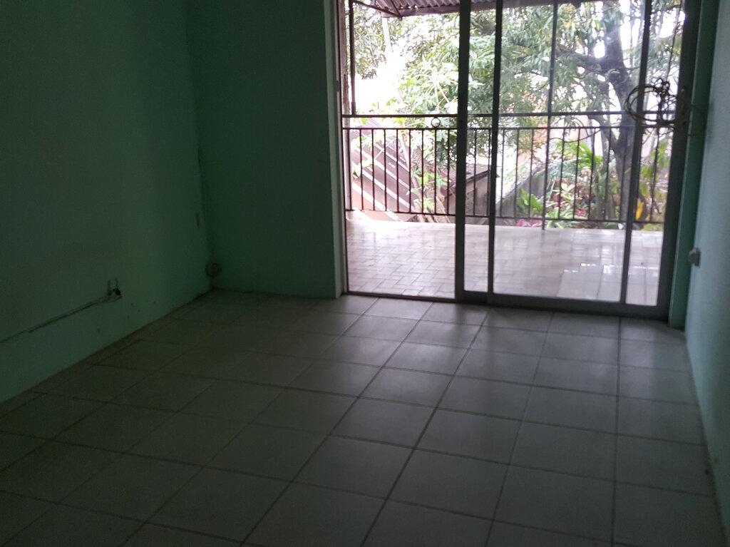 Appartement à vendre 3 73.47m2 à Cayenne vignette-3