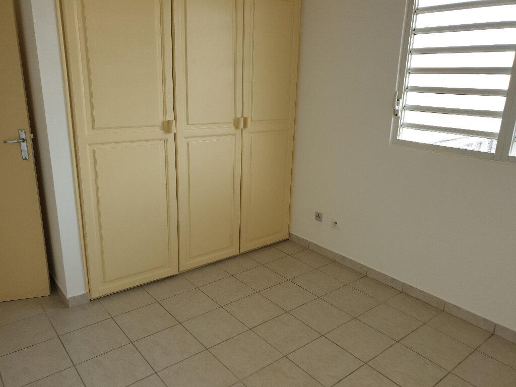 Appartement à louer 2 48m2 à Cayenne vignette-3