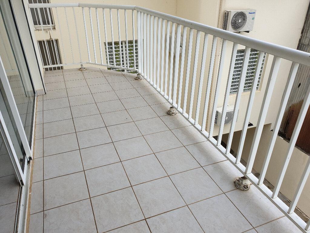 Appartement à louer 2 48m2 à Cayenne vignette-4