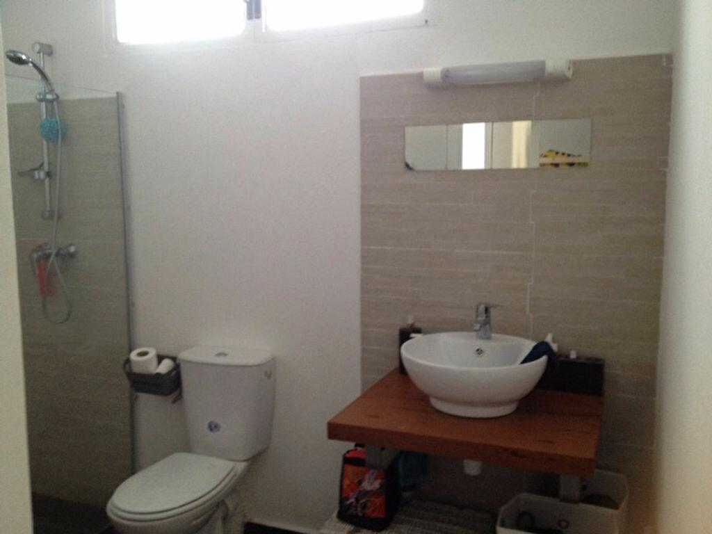 Appartement à louer 2 50m2 à Remire-Montjoly vignette-4