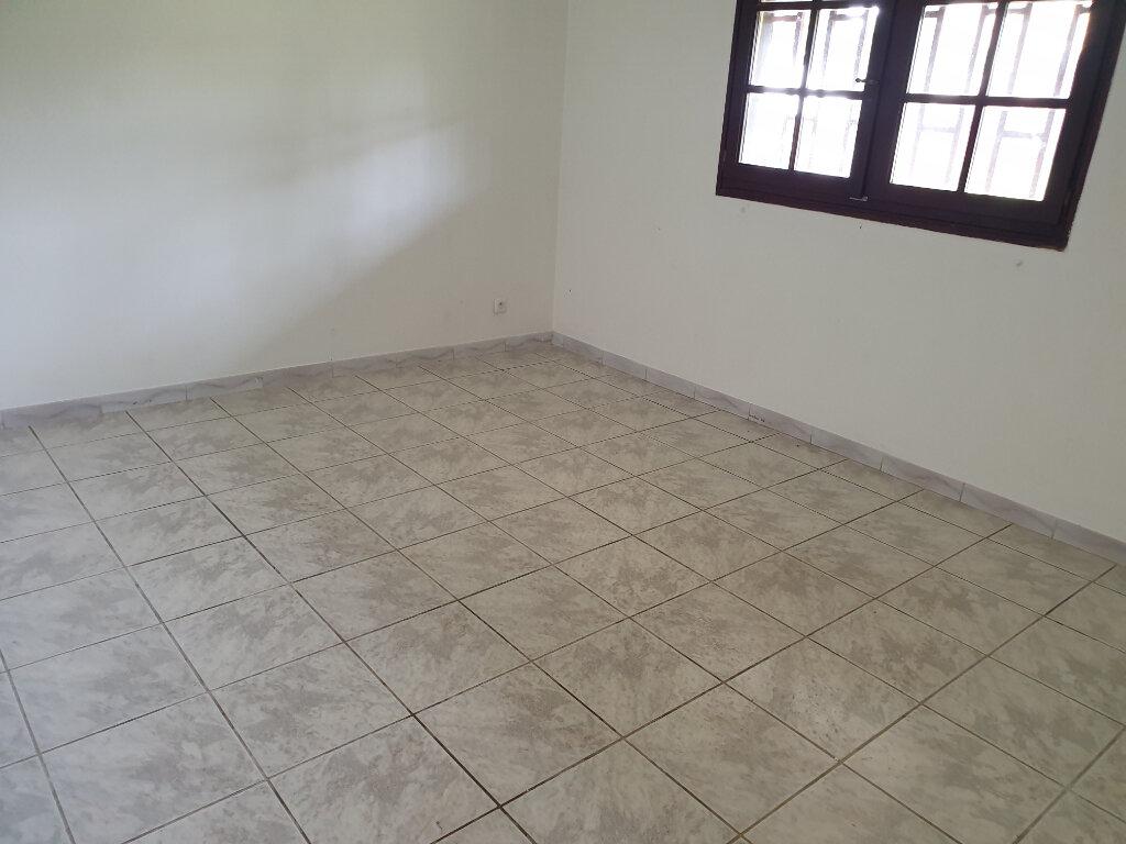 Appartement à louer 2 37.52m2 à Cayenne vignette-4