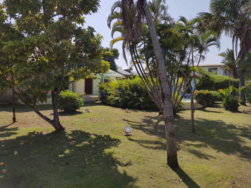 Maison à vendre 4 141m2 à Cayenne vignette-7