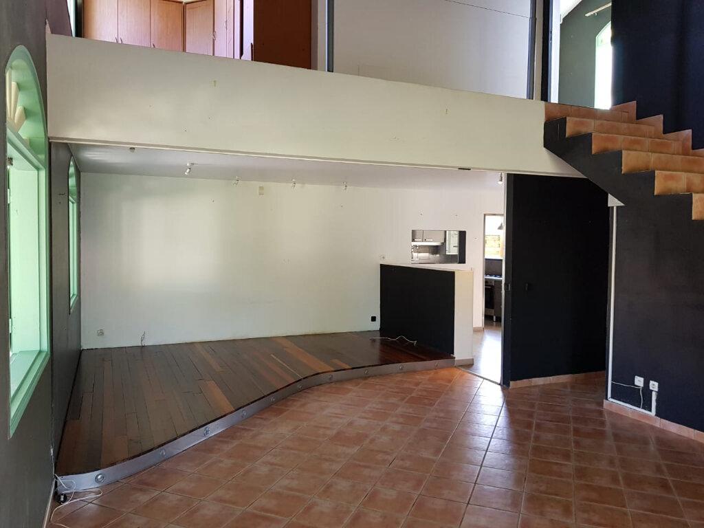 Maison à vendre 4 141m2 à Cayenne vignette-12