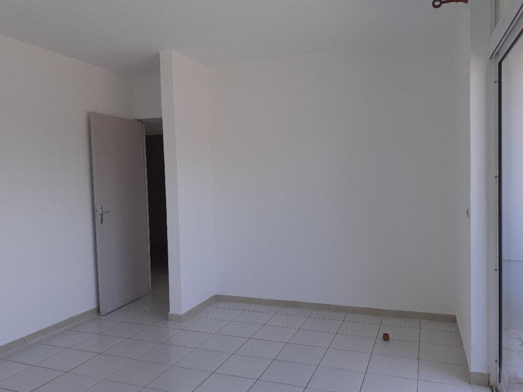 Appartement à louer 3 66.23m2 à Cayenne vignette-6
