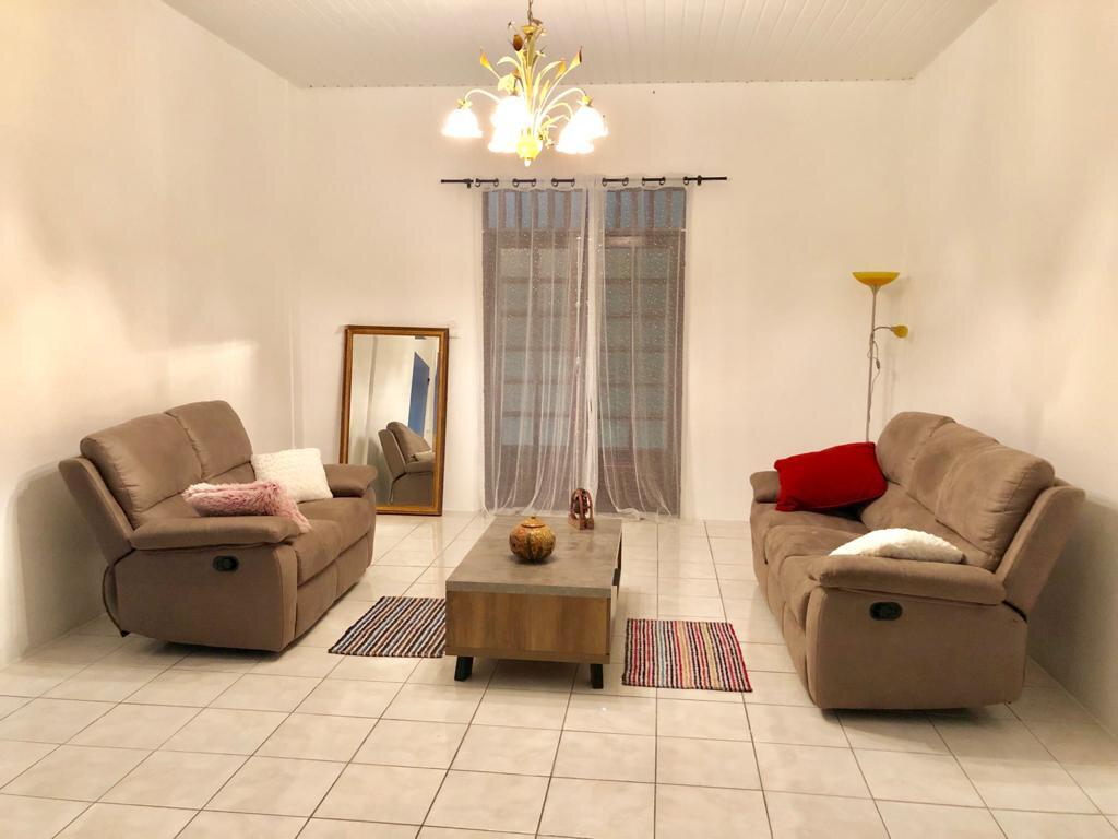 Maison à louer 4 125m2 à Remire-Montjoly vignette-3