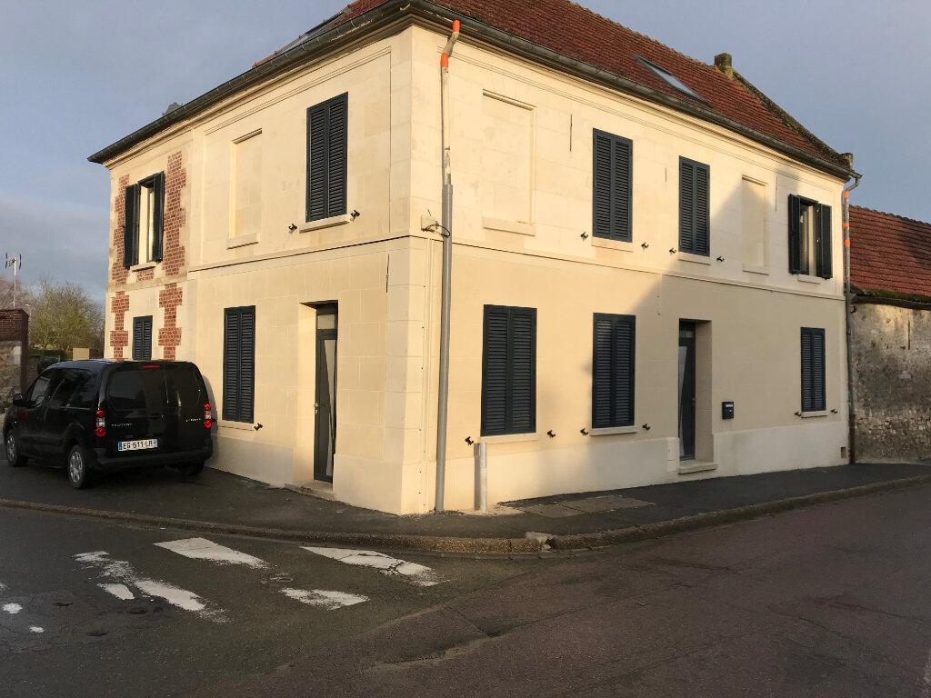 Appartement à vendre 4 90m2 à Valenciennes vignette-1