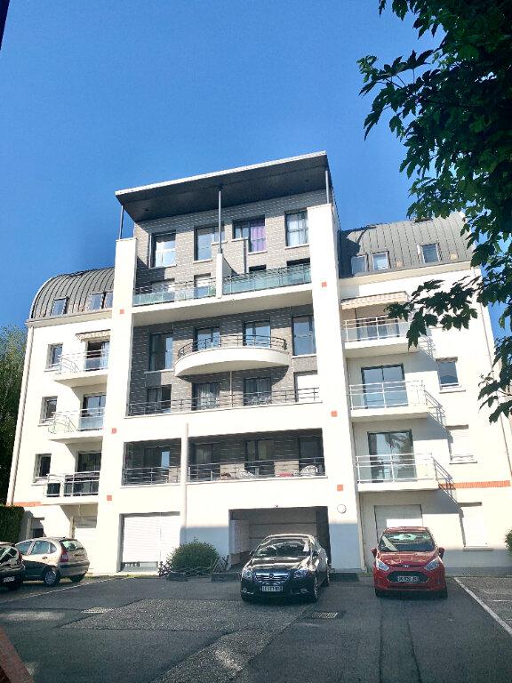 Appartement à vendre 3 60.2m2 à Compiègne vignette-1