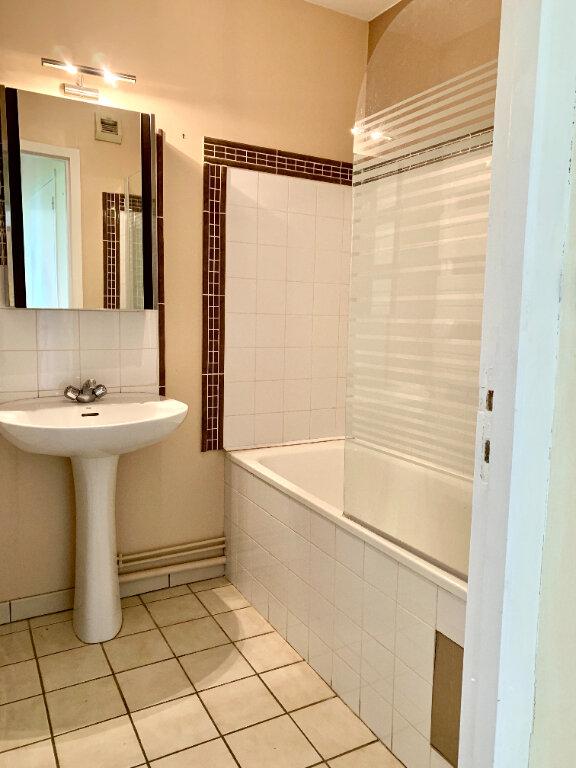 Appartement à vendre 3 60.2m2 à Compiègne vignette-4