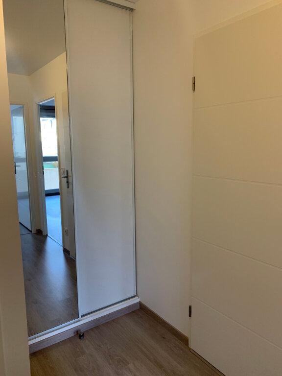 Appartement à louer 3 62.31m2 à Margny-lès-Compiègne vignette-7
