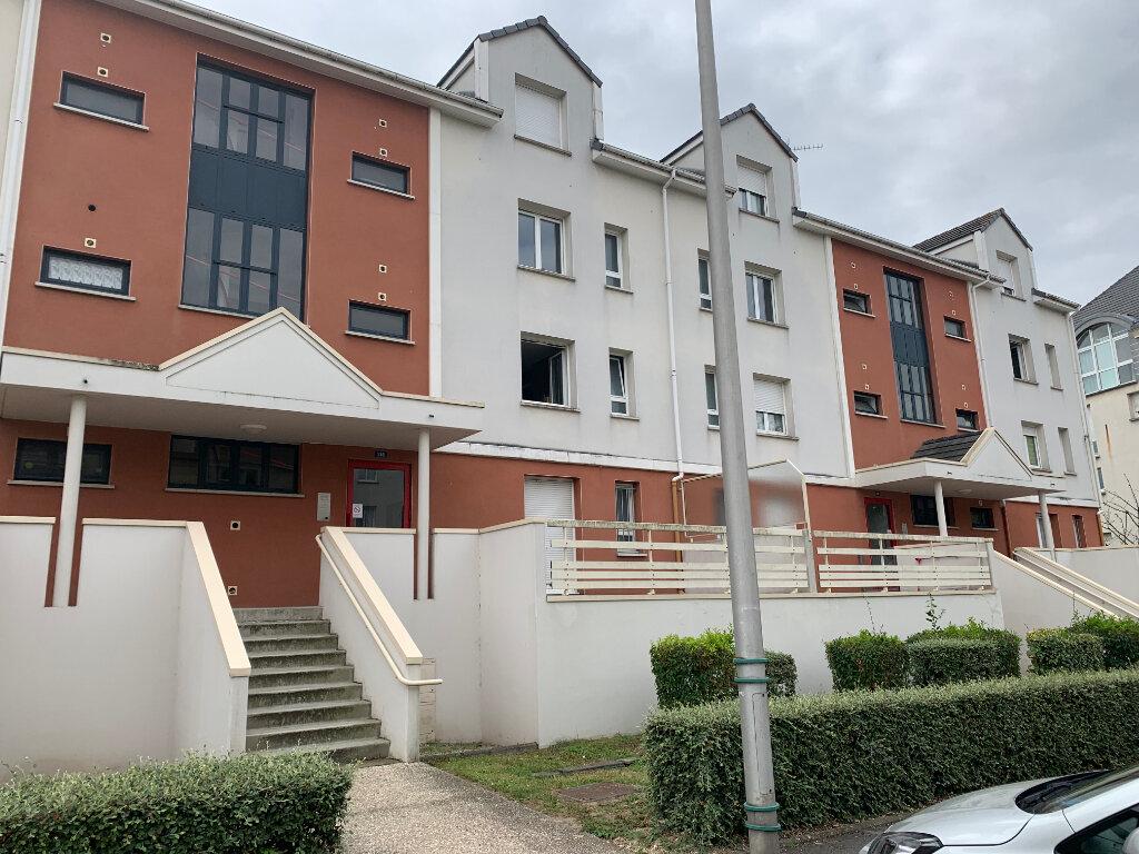 Appartement à louer 3 57.31m2 à Venette vignette-1