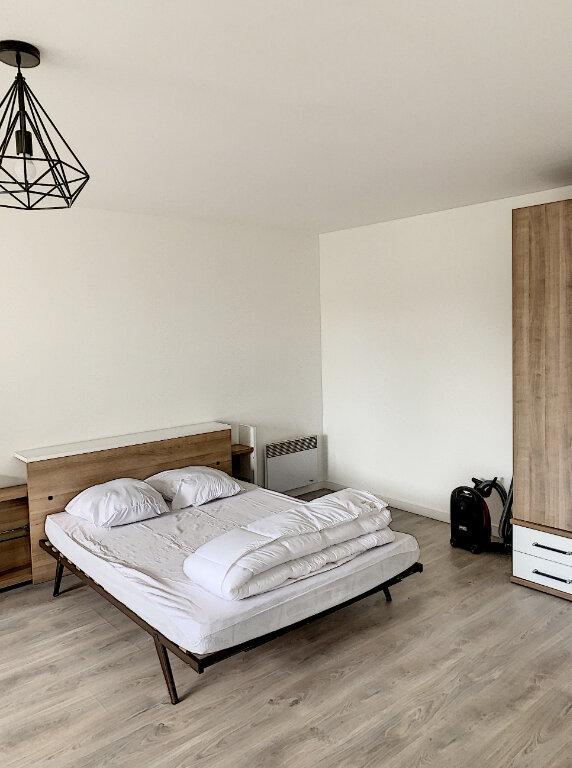 Appartement à louer 1 38.4m2 à Margny-lès-Compiègne vignette-2