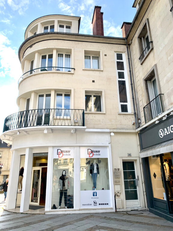Appartement à louer 2 31.18m2 à Compiègne vignette-2