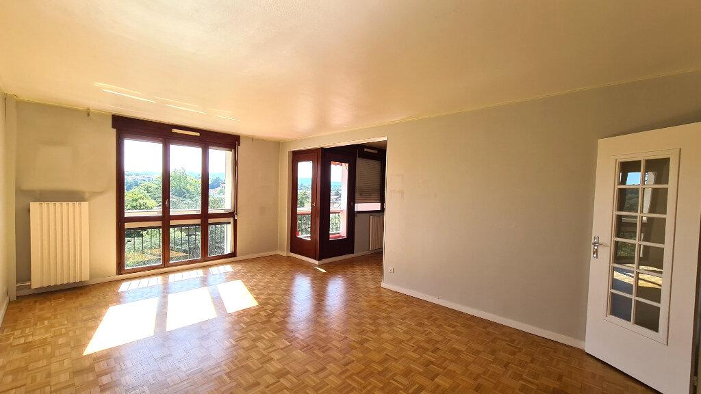 Appartement à vendre 4 89.88m2 à Francheville vignette-2