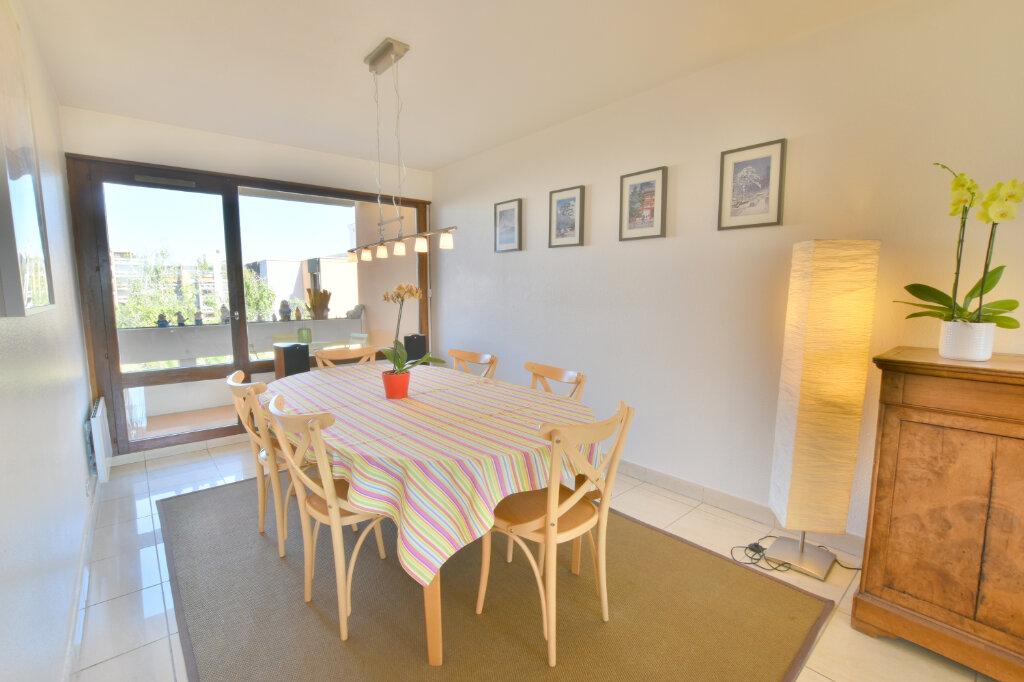Appartement à vendre 8 183m2 à Villeurbanne vignette-6
