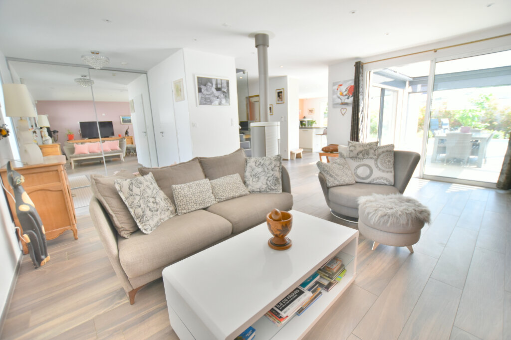 Maison à vendre 7 182m2 à Francheville vignette-4