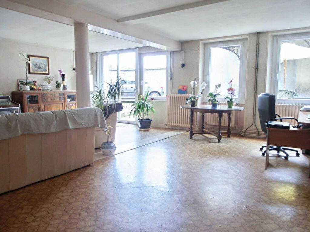 Maison à vendre 9 255m2 à Faverolles-et-Coëmy vignette-4