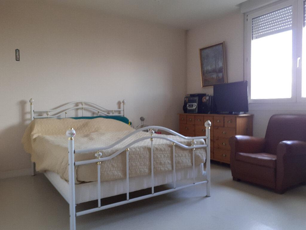Appartement à vendre 2 59.22m2 à Reims vignette-3
