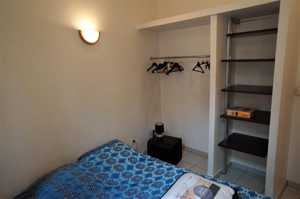 Appartement à louer 2 42m2 à Lyon 2 vignette-5