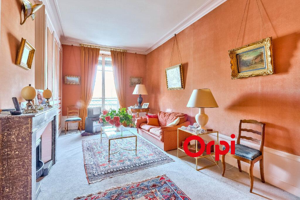 Appartement à vendre 5 145.5m2 à Lyon 2 vignette-5