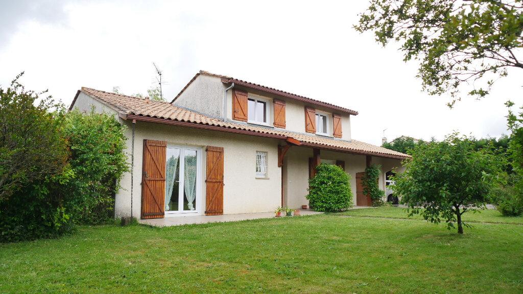 Maison à vendre 6 130m2 à Artigues-près-Bordeaux vignette-1