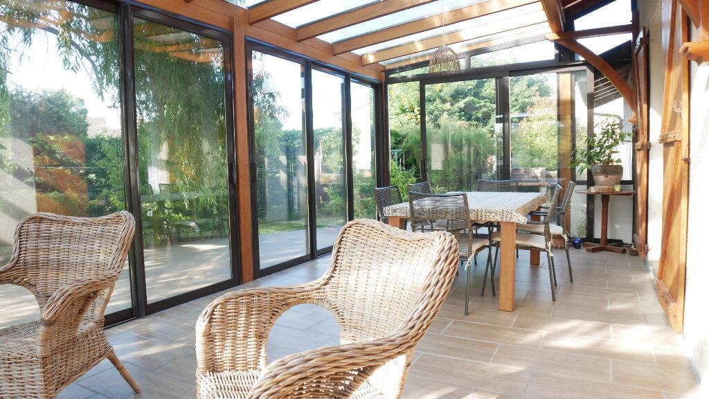 Maison à vendre 6 130m2 à Artigues-près-Bordeaux vignette-3