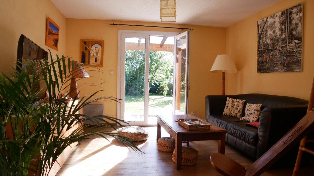 Maison à vendre 6 130m2 à Artigues-près-Bordeaux vignette-4