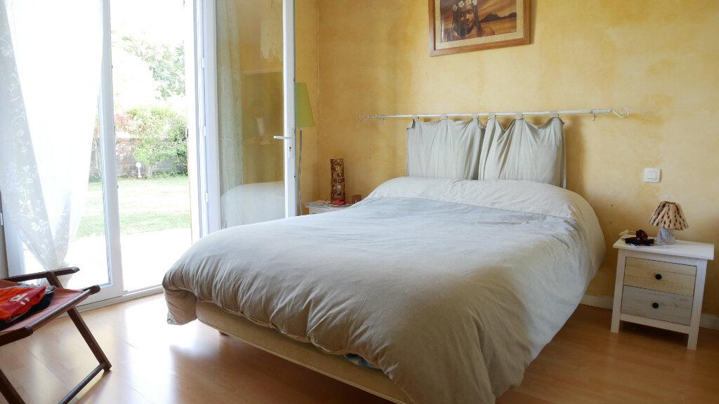 Maison à vendre 6 130m2 à Artigues-près-Bordeaux vignette-9