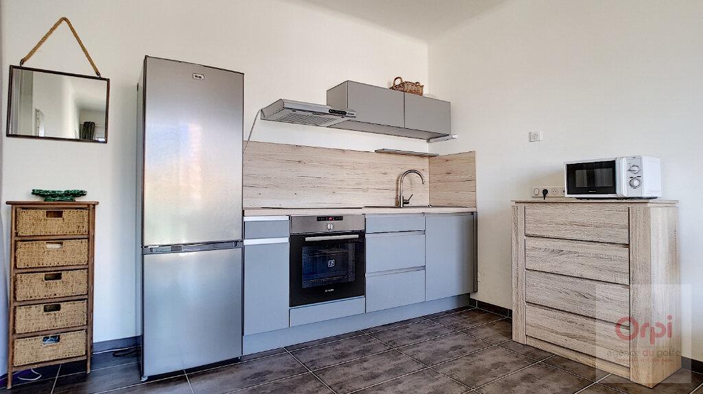 Appartement à vendre 2 32m2 à Ajaccio vignette-1
