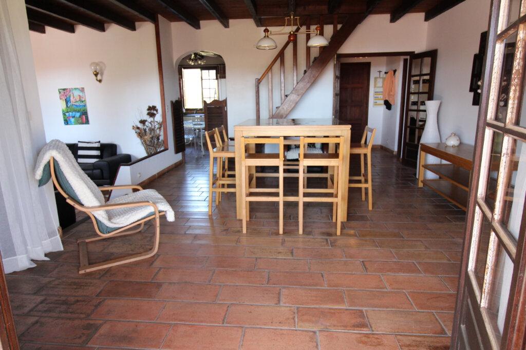 Maison à vendre 5 131m2 à Pietrosella vignette-3