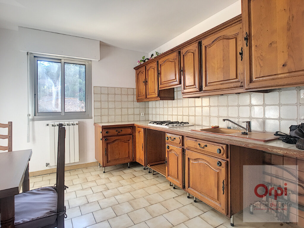 Appartement à louer 3 71.64m2 à Ajaccio vignette-3