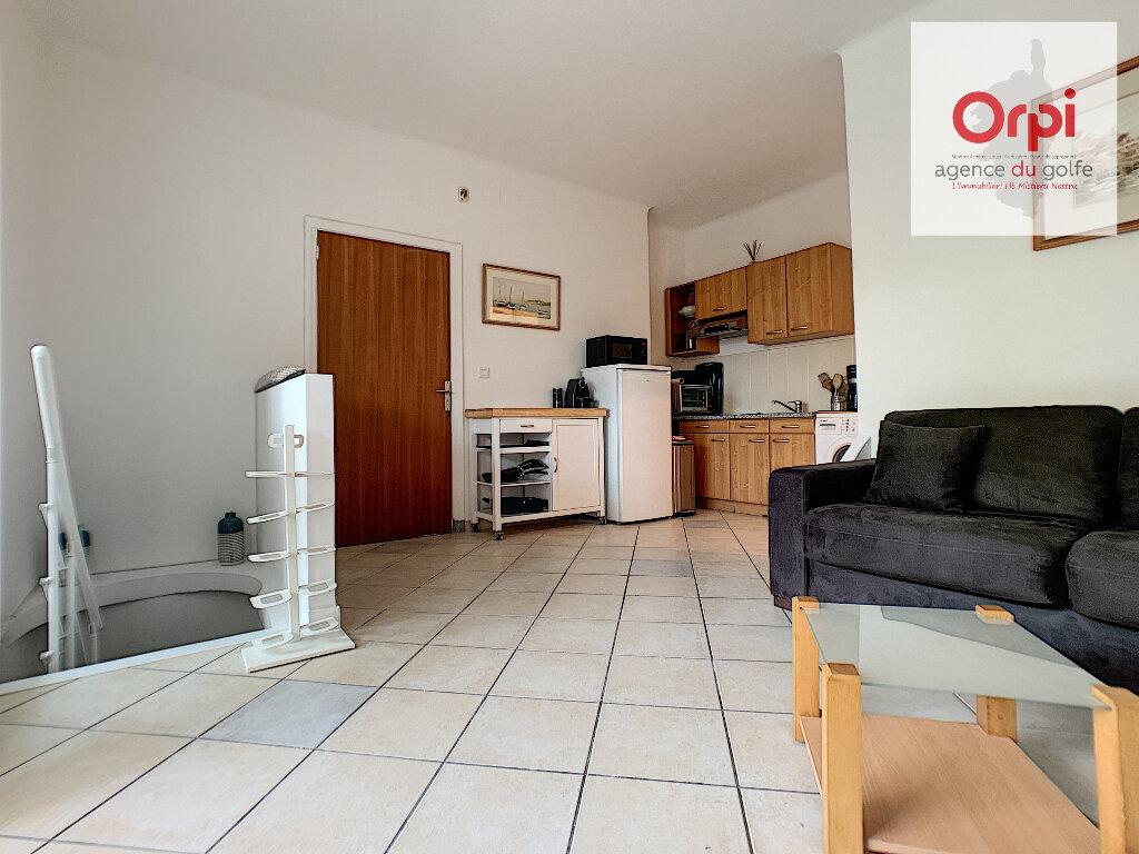 Appartement à vendre 2 38m2 à Ajaccio vignette-1