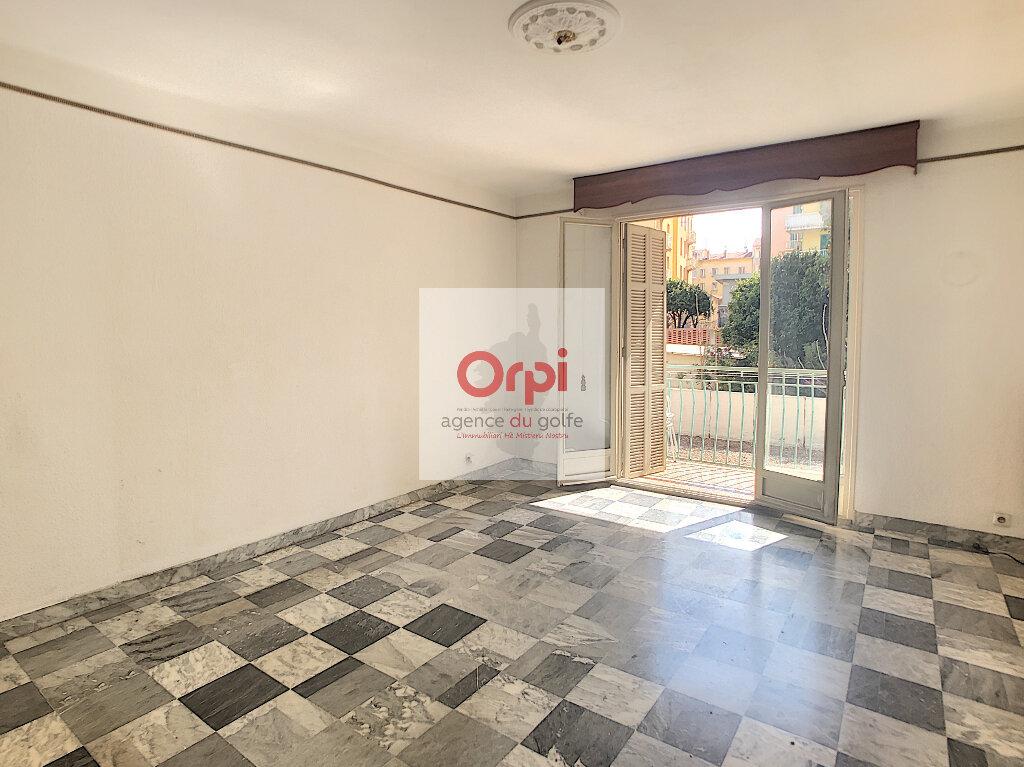 Appartement à vendre 3 75m2 à Ajaccio vignette-1