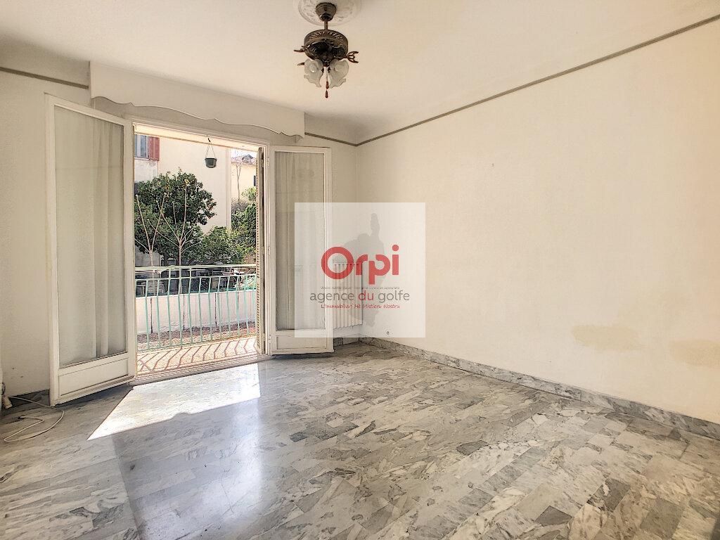 Appartement à vendre 3 75m2 à Ajaccio vignette-2