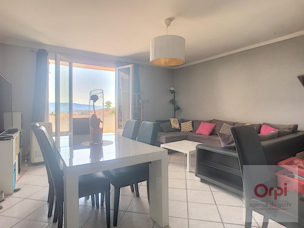 Appartement à louer 4 80m2 à Ajaccio vignette-2