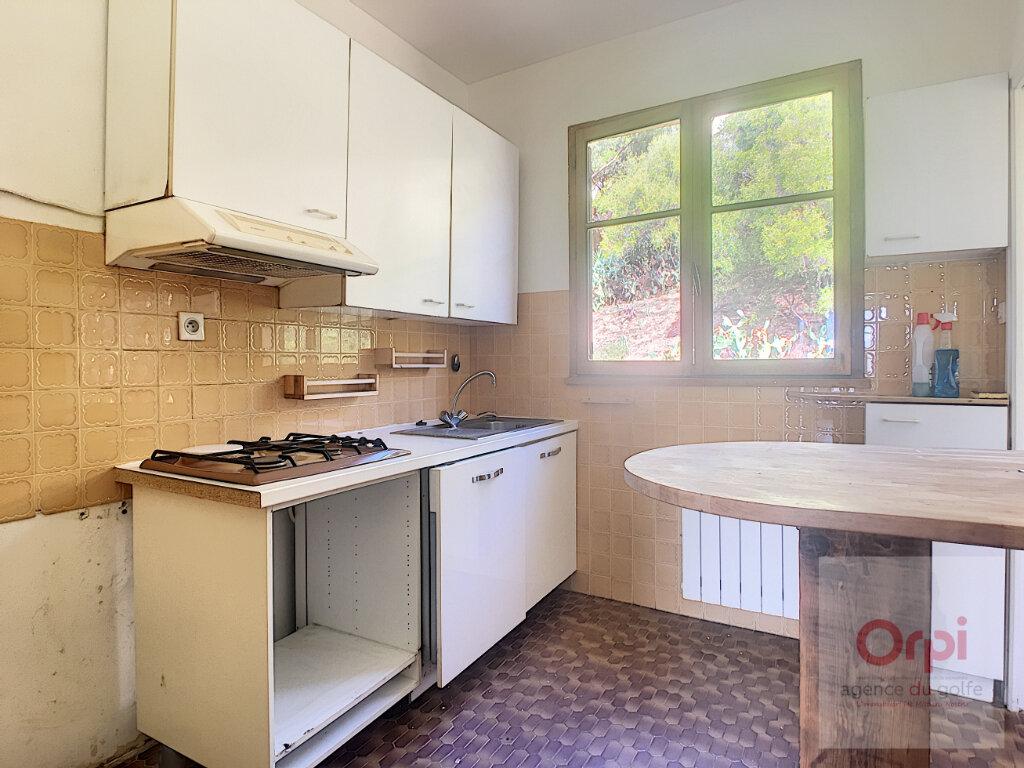 Appartement à louer 5 100m2 à Ajaccio vignette-9
