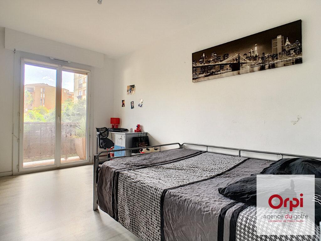 Appartement à vendre 4 92m2 à Ajaccio vignette-3