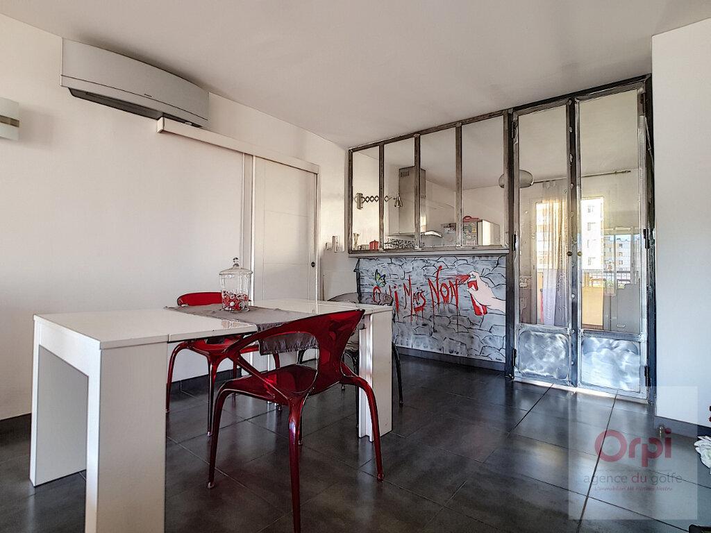 Appartement à vendre 3 75.66m2 à Ajaccio vignette-4