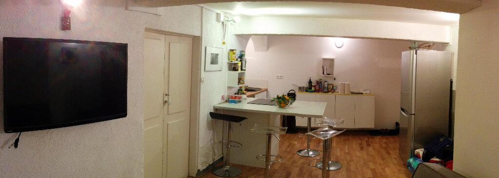 Appartement à louer 2 32.17m2 à Ajaccio vignette-4