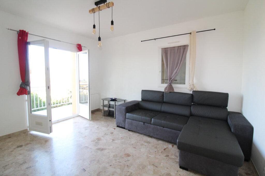 Appartement à louer 3 58.61m2 à Grosseto-Prugna vignette-5