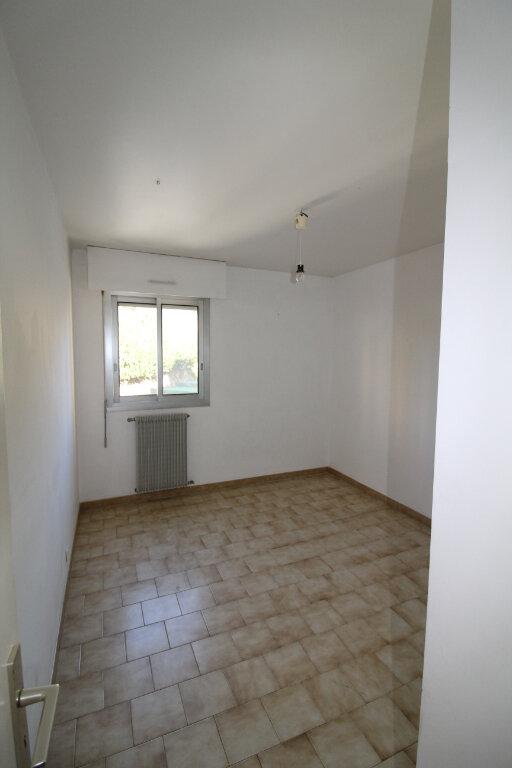 Appartement à louer 3 73m2 à Ajaccio vignette-7